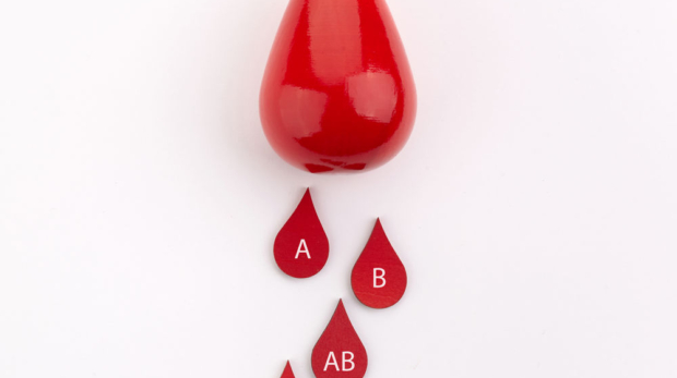 blood-drops-with-different-blood-types